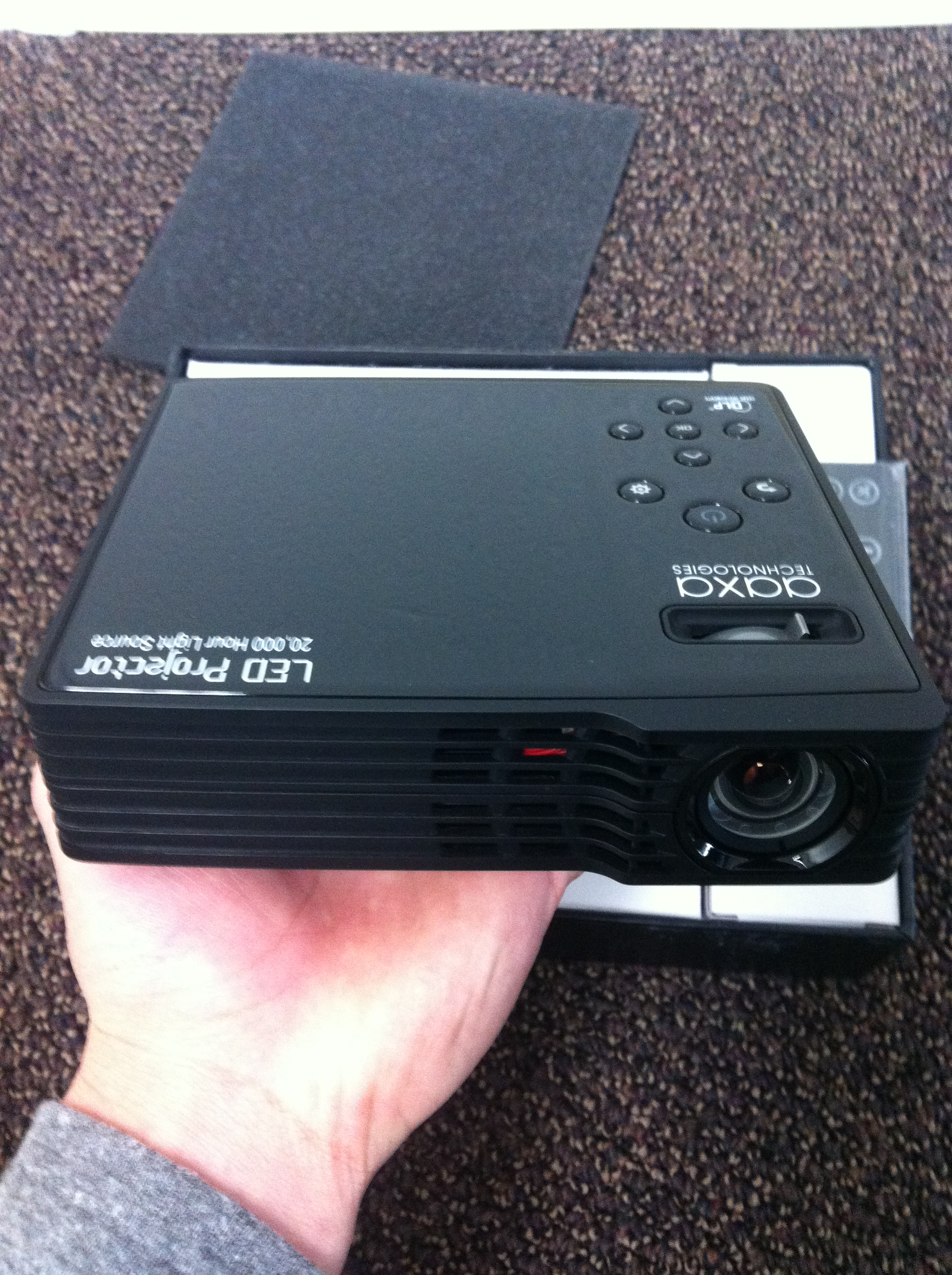 Aaxa led showtime 3d micro projector review pico for Micro projector reviews